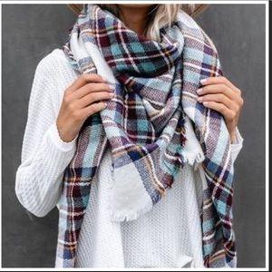Gorgeous Blanket Scarf 🧣